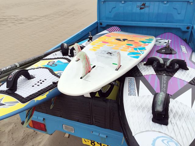 ウインドサーフィン道具イメージ